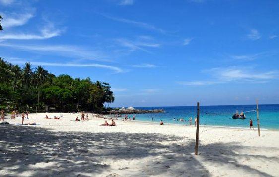 В октябре погода в Паттайе постепенно становится более подходящей для пляжного и экскурсионного отдыха, но дожди все еще бывают, особенно в первой половине месяца