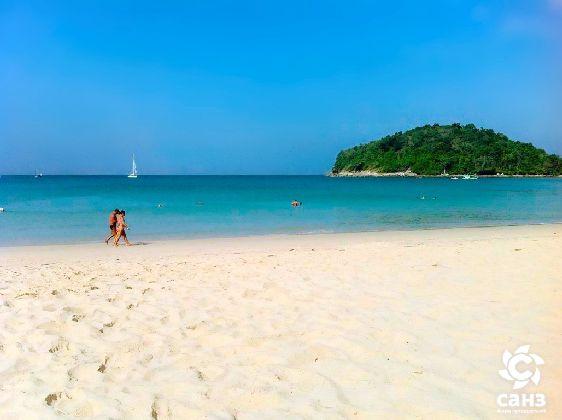 Одно из главных преимуществ Пхукета - это живописные пляжи и чистое теплое море
